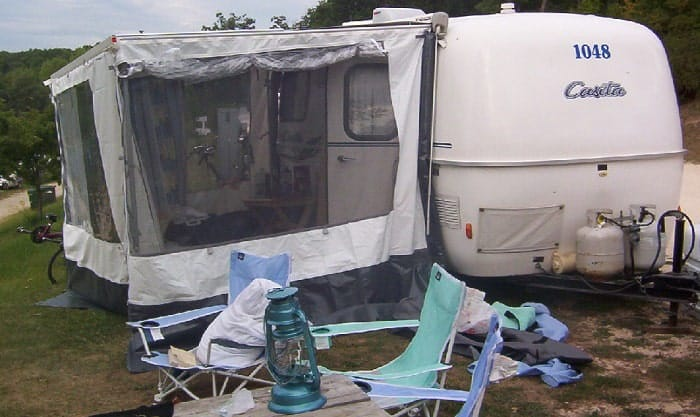 camper-screen-room
