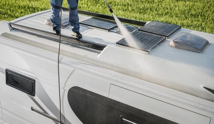 best-rv-roof-cleaner-and-protectant