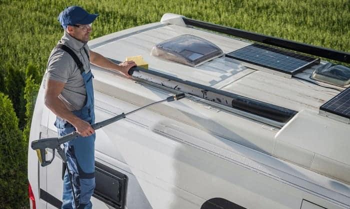 camper-cleaner-black-streak-remover